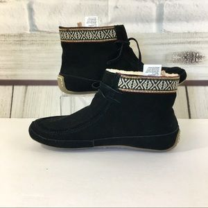 LUCKY BRAND Moccasins NWOT